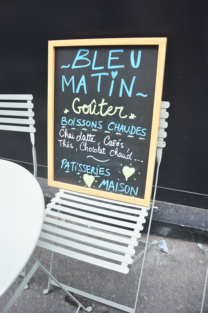 Ardoise du café Bleu Matin à Montmartre
