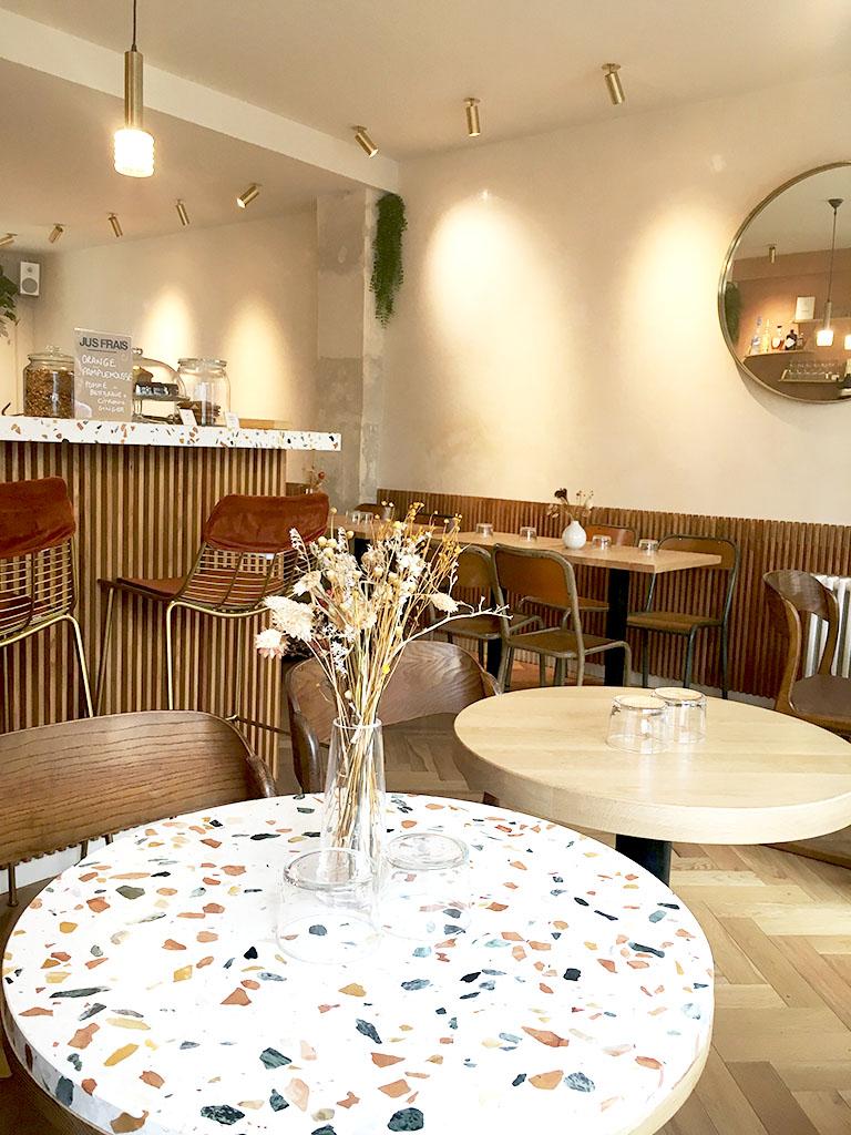 Intérieur du café/restaurant Caracoli