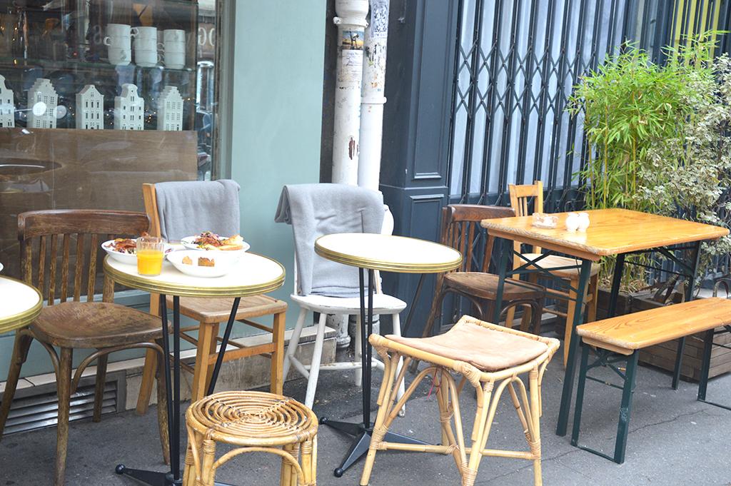 Terrasse de la Bossue, une des adresses gourmandes à Montmartre