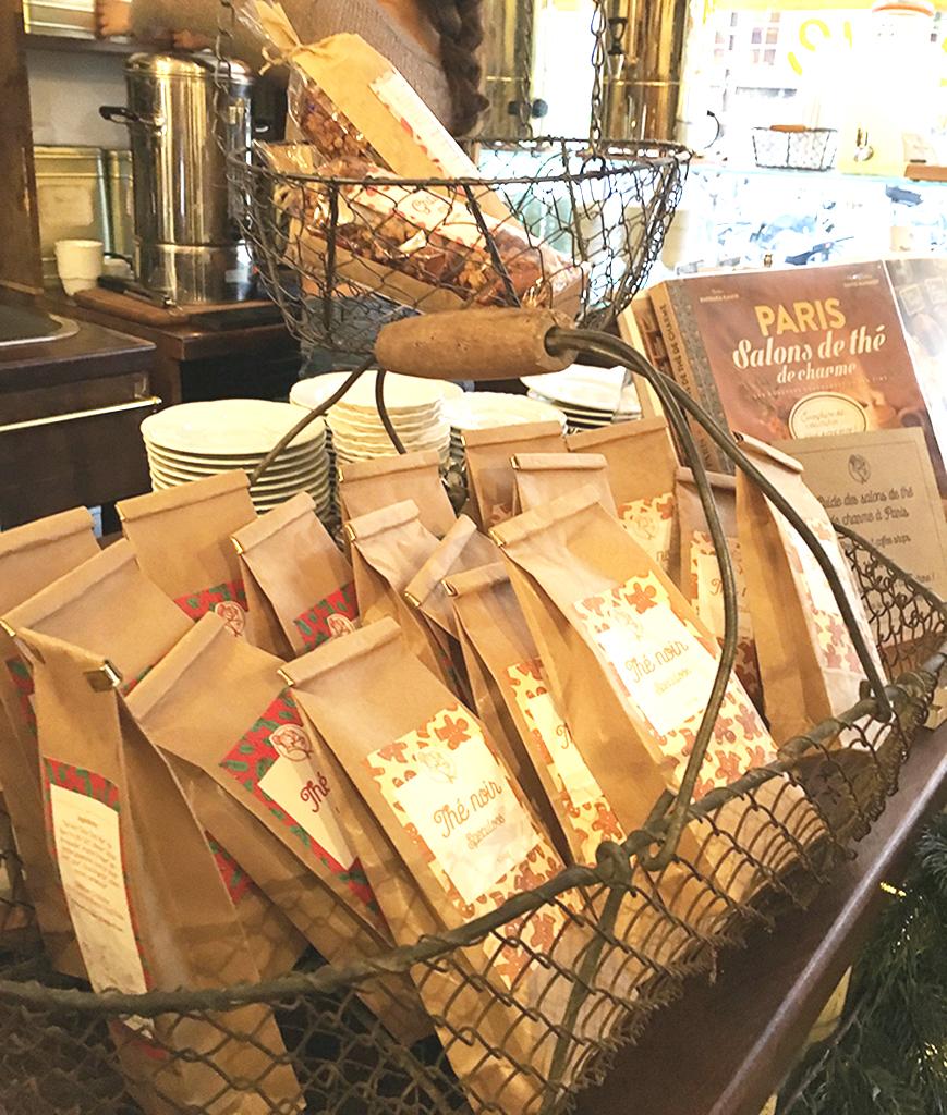 Comptoir de La Bossue avec une sélection de thés