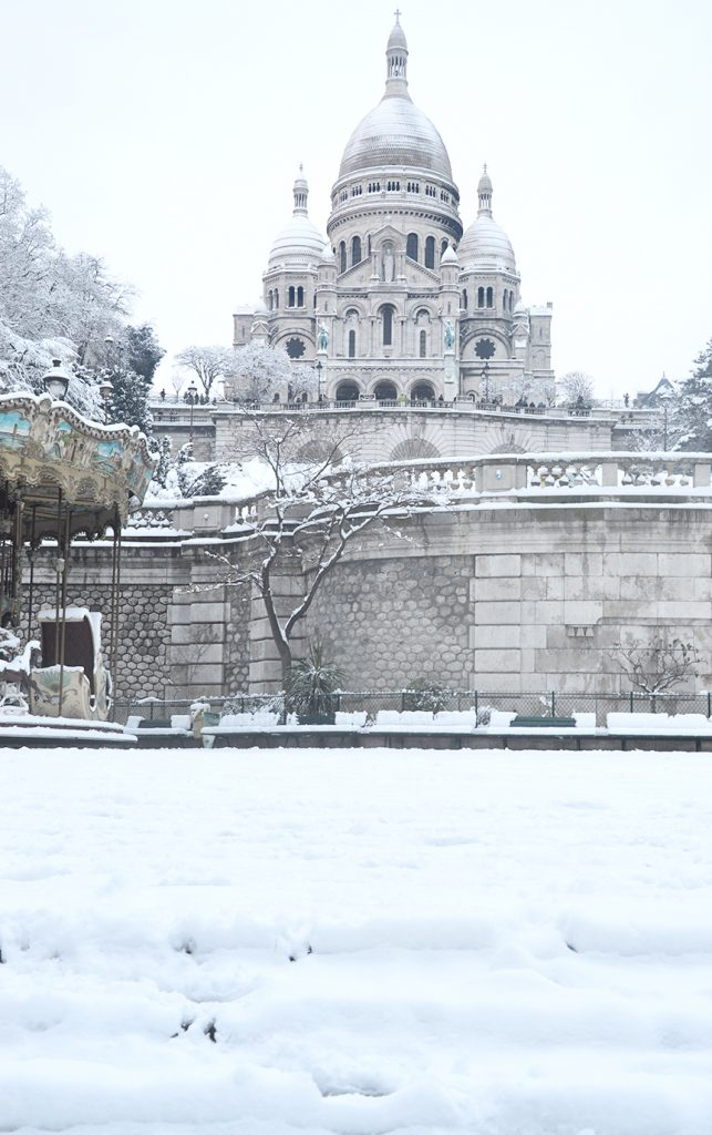 Flâner à Montmartre : square Louise Michel