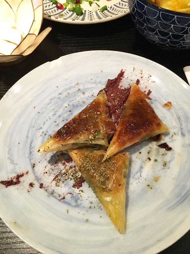 restaurants à Montmartre, Étsi