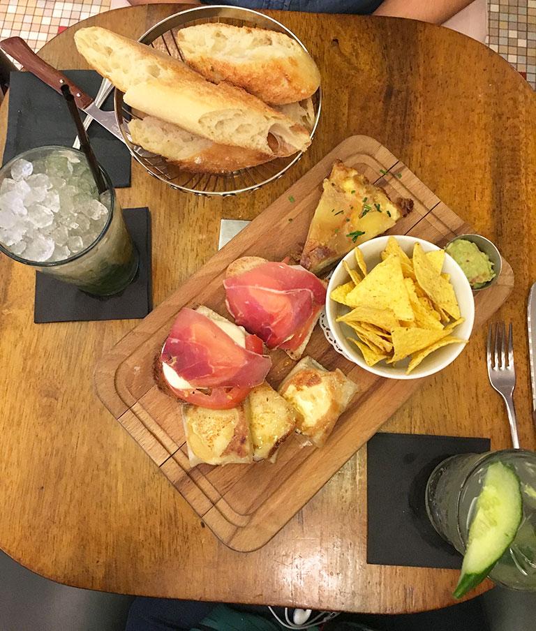 restaurants à Montmartre, L'étoile de Montmartre