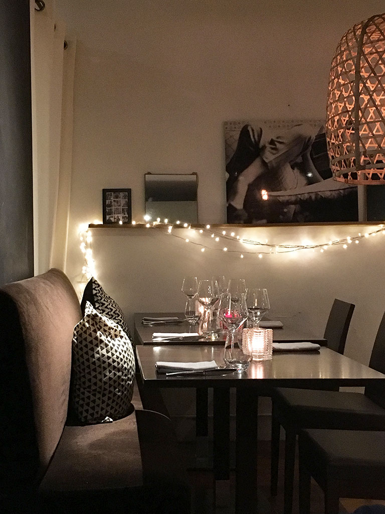 restaurants à Montmartre, Sens Uniques