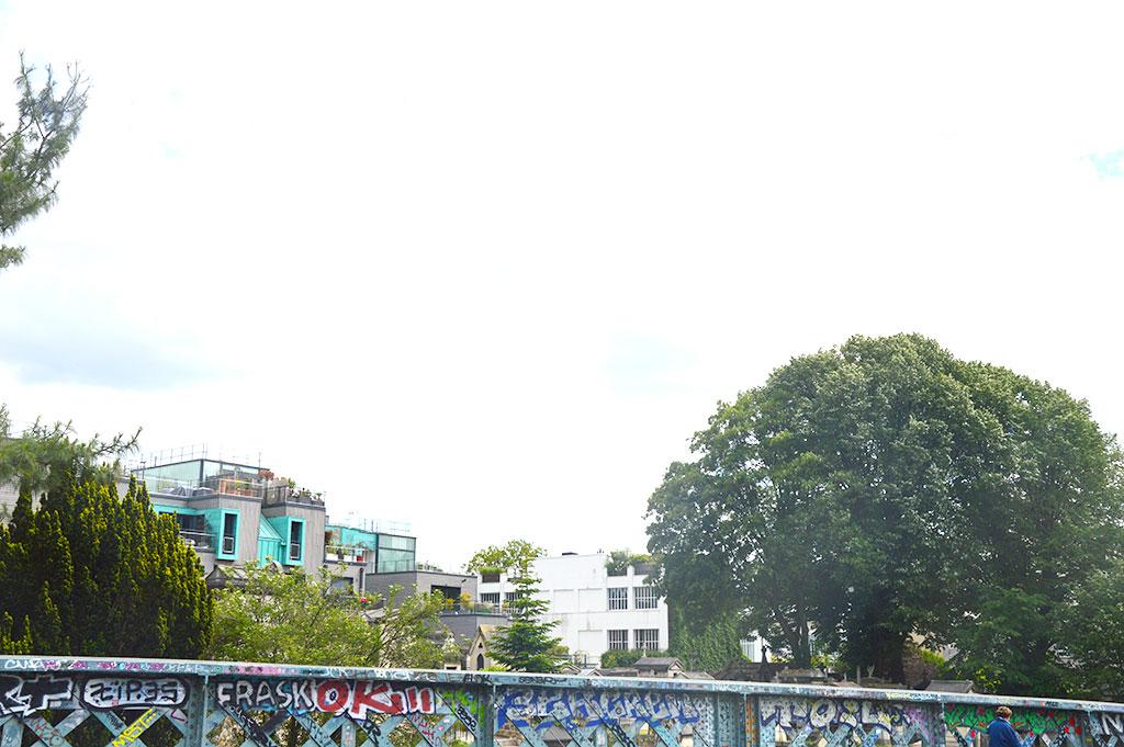Pont Caulaincourt, cimetière de Montmartre