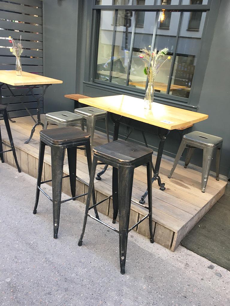terrasse de restaurants à Montmartre, Le Gisou