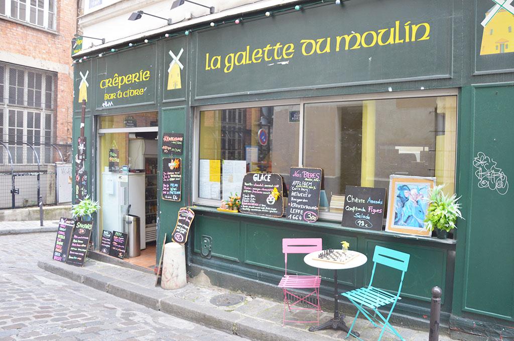 La Galette du Moulin, rue Véron, Montmartre