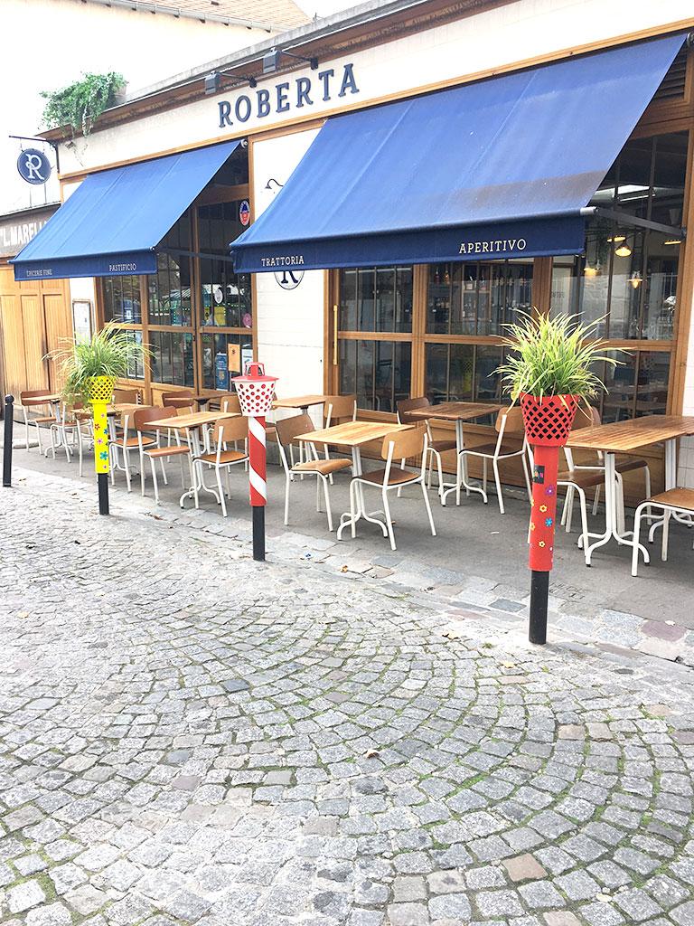 terrasse de restaurants à Montmartre, Roberta