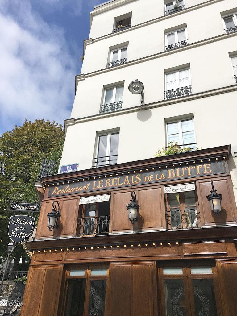 terrasse de restaurants à Montmartre, Le Relais de la Butte