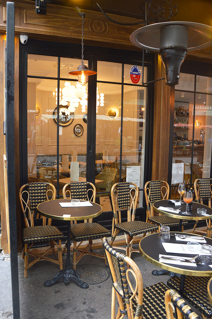 terrasse de restaurants à Montmartre, Café Bruant